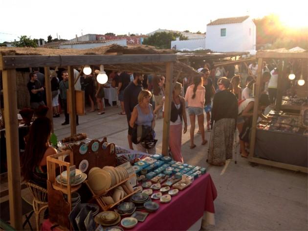 Restaurante Pelayo y el Mercado de La Mola