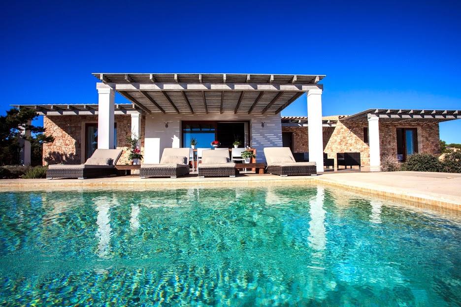 Villa cami d es cap formentera in alquiler de casas y apartamentos - Apartamentos ibiza alquiler ...